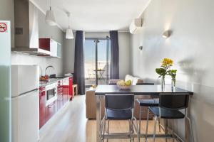 Fira Centric, Апартаменты  Барселона - big - 9