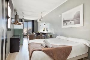 Fira Centric, Апартаменты  Барселона - big - 14