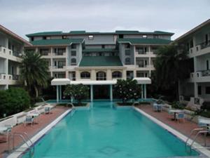 Velan Hotel Greenfields, Hotely  Tiruppūr - big - 21
