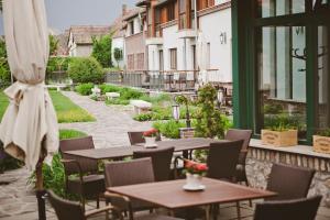 Crocus Gere Bor Hotel Resort & Wine Spa, Szállodák  Villány - big - 42