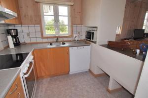 Hvide Sande Holiday Home 376, Case vacanze  Nørre Lyngvig - big - 12
