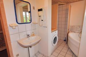 Hvide Sande Holiday Home 376, Case vacanze  Nørre Lyngvig - big - 8