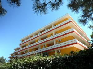 Residence Carina, Apartments  Bibione - big - 1