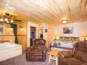 Lodge 7