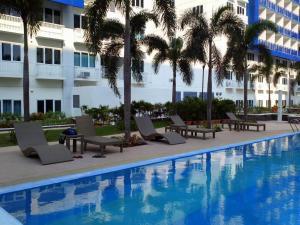 Cristies Sea Residences, Апартаменты  Манила - big - 20