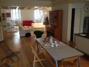 Downtown Verona Apartment - AbcAlberghi.com