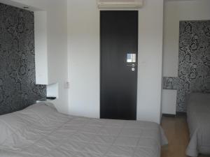 Hôtel Evan, Hotely  Lempdes sur Allagnon - big - 9