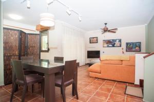 Sotavento Iva, Prázdninové domy  El Médano - big - 1