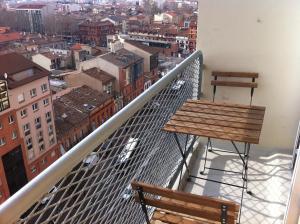 Appartement St.Cyprien, Ferienwohnungen  Toulouse - big - 3