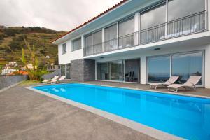 Villa Panoramica by HR Madeira, Виллы  Арку-да-Кальета - big - 39