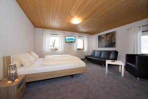Appartement Auckenthaler, Апартаменты  Эрвальд - big - 14