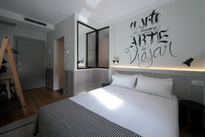 Hostel Complutum, Хостелы  Алькала-де-Энарес - big - 16