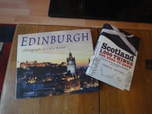Heart Of Edinburgh City Flat