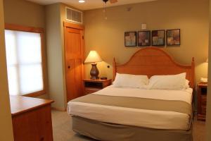 Three-Bedroom Condo