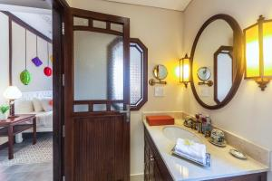 Cozy Hoian Villas Boutique Hotel, Hotely  Hoi An - big - 16