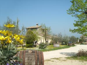 Fattoria Del Quondam, Фермерские дома  Giano dell'Umbria - big - 1