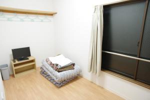 Standard Japanese-Style Single Room with Shared Bathroom