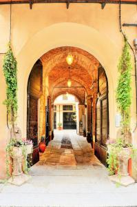 Palazzo Centro, Отели типа «постель и завтрак»  Ницца-Монферрато - big - 76