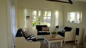 B&B Droom 44, Bed and breakfasts  Buinerveen - big - 6
