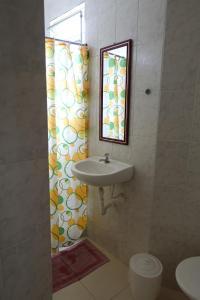 Pousada Favela Cantagalo, Guest houses  Rio de Janeiro - big - 30