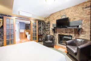 Junior Suite - Building Acadia