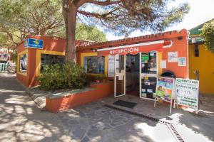 Complejo Turístico Cabopino.  Foto 11