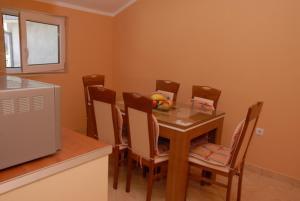 Apartments Dosljak, Apartmanok  Tivat - big - 37