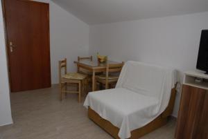 Apartments Dosljak, Apartmanok  Tivat - big - 9
