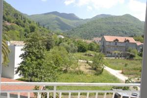 Apartments Dosljak, Apartmanok  Tivat - big - 13