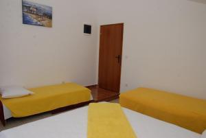 Apartments Dosljak, Apartmanok  Tivat - big - 11