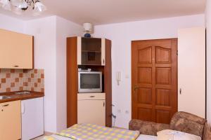 Apartments Villa Supertom, Apartmanok  Povljana - big - 22