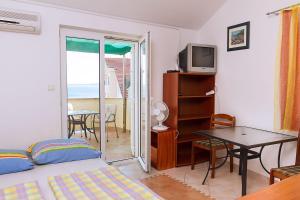 Apartments Villa Supertom, Apartmanok  Povljana - big - 10