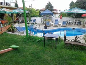 Draganovi Guest House