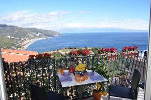 Taormina Al Bacio - AbcAlberghi.com