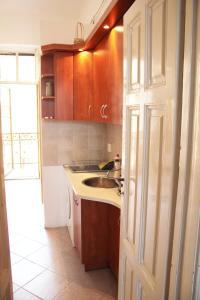 Lux Apartman, Ferienwohnungen  Budapest - big - 4
