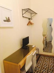 Standard Single Room with Private Bathroom