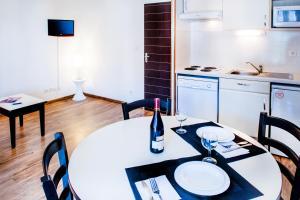 Résidence Foch, Apartmanhotelek  Lourdes - big - 3