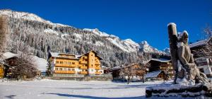 Residence Cavanis Wellness & Spa, Aparthotely  Sappada - big - 46