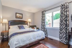 George & Wendy Home, Dovolenkové domy  Toronto - big - 8