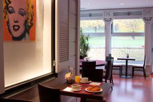 Qualys-Hotel Paris Est Golf, Hotel  Rosny-sous-Bois - big - 15