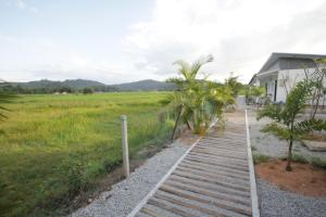 Cloud 9 Guest House, Pensionen  Kampung Padang Masirat - big - 18