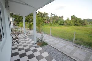 Cloud 9 Guest House, Pensionen  Kampung Padang Masirat - big - 13