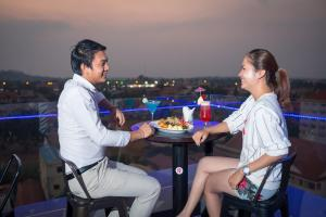 Yeak Loam Hotel, Отели  Banlung - big - 38