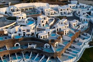 Ambassador Santorini Luxury Villas and Suites