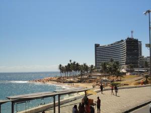 Flat Em Ondina, Apartmanhotelek  Salvador - big - 7