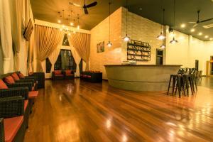 Yeak Loam Hotel, Отели  Banlung - big - 34