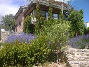 B&B Dochavert, Bed and breakfasts  Carcassonne - big - 46