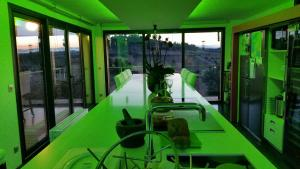 B&B Dochavert, Bed & Breakfast  Carcassonne - big - 50