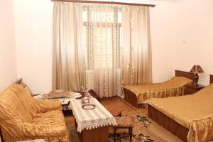 Hotel MIRA, Hotels  Goris - big - 54