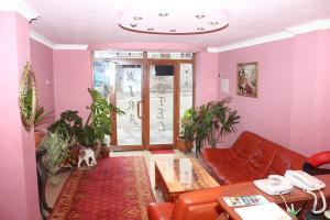 Hotel MIRA, Hotels  Goris - big - 48